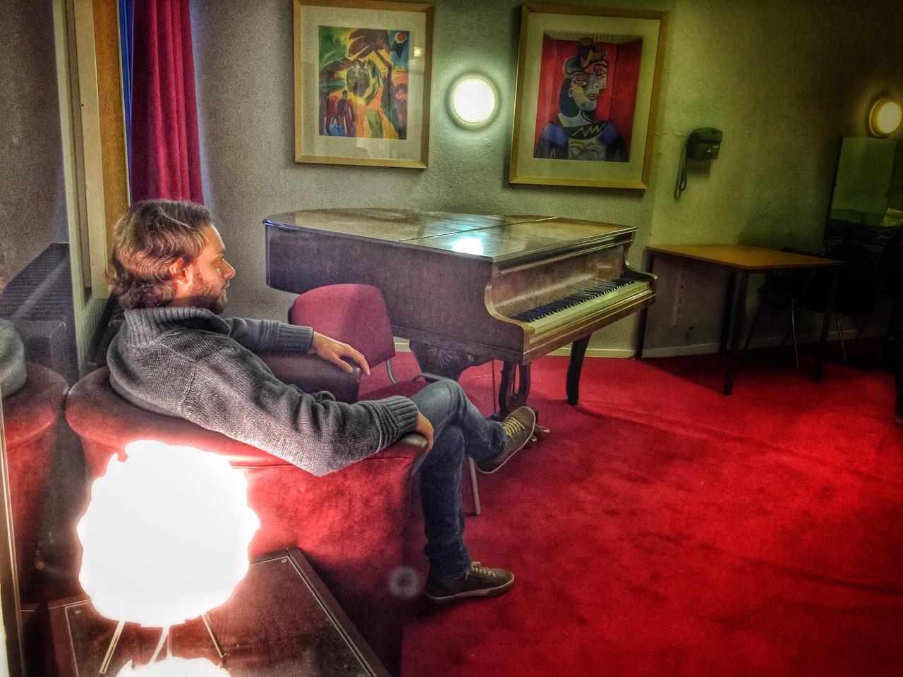 El Conte relaxing